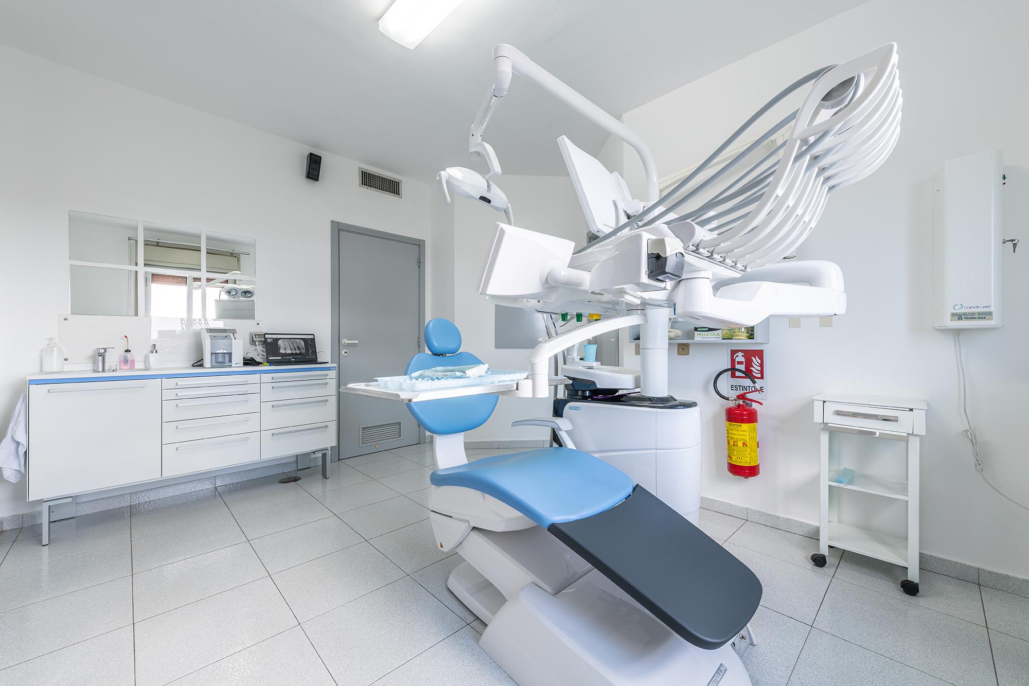 Dentista a Carbonia